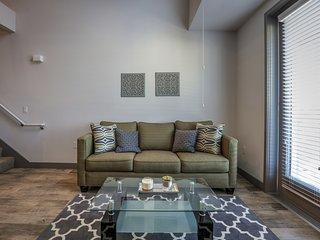 Beautiful 3BR Loft in the heart of Culver City - Culver City vacation rentals