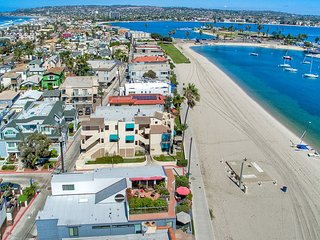 2 BEACH FRONT Townhomes 6br+6ba!!! - Pacific Beach vacation rentals