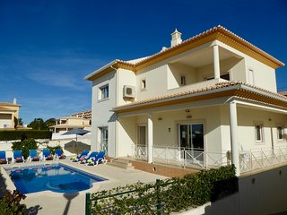 4 bedroom Villa with Internet Access in Sesmarias - Sesmarias vacation rentals