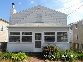 Ocean-Block Rental, 5 BR, 1 Block to Everything!! - Dewey Beach vacation rentals