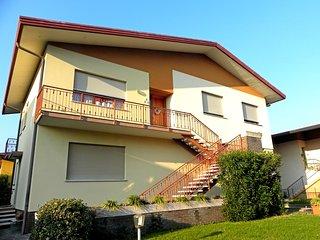 Apartment in Villa with Garden - Free Parking - Vittorio Veneto vacation rentals