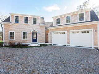 Brand new custom built beauty in S. Chatham w/water views (linens incl); 151-C - South Chatham vacation rentals