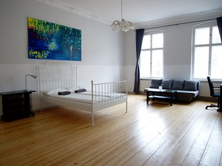 Double Room Vacation Rental Berlin city center - Berlin vacation rentals