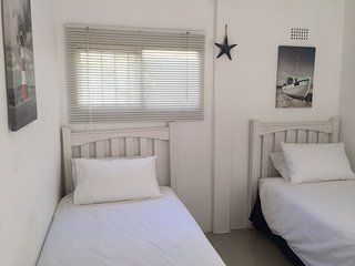2 Roomed Self Catering Flatlet - Panorama vacation rentals