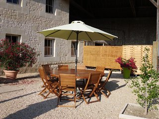 3 bedroom House with Internet Access in Chinon - Chinon vacation rentals