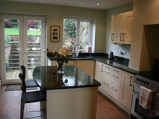 Lovely 3 bedroom Ashbourne House with Internet Access - Ashbourne vacation rentals