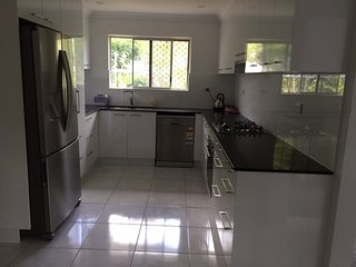 4 bedroom, close to everything- all new - Kirwan vacation rentals