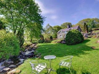 Bright 4 bedroom Cottage in Ganllwyd with Internet Access - Ganllwyd vacation rentals