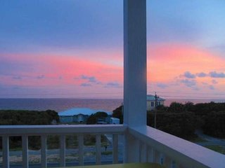 Seabreeze Cottage #45 - Stylish Beach Home in Seacrest! Views of the Gulf - Seacrest Beach vacation rentals