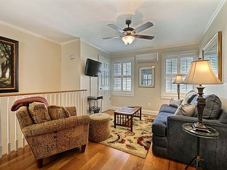 Harris Hideaway is within walking distance of everything you need! - Savannah vacation rentals