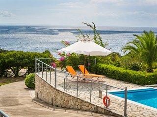Stunning 3 bedroom garden villa with pool and sea view - Skala vacation rentals