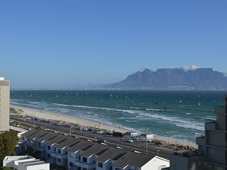 Amazing panoramic views, 2 bedroom beachfront! - Table View vacation rentals