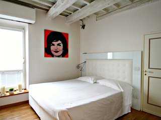 Deluxe Apartment Heart of Florence - Florence vacation rentals
