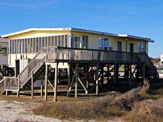 3 bedroom House with Water Views in Oak Island - Oak Island vacation rentals