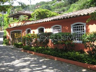 Beautiful 6 bedroom Buzios House with Television - Buzios vacation rentals
