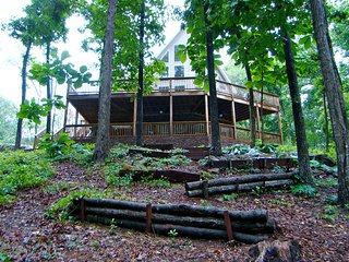 Crane Hill - Smith Lake Alabama Rental House-I-65-Broadband-Sleeps 24 - Crane Hill vacation rentals
