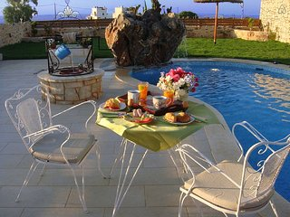 Villa Valentine Ideal for Romantic Couples and Honeymooners - Anissaras vacation rentals