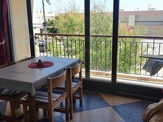 Appartement 20 mètres de la plage surveillée - Port La Nouvelle vacation rentals