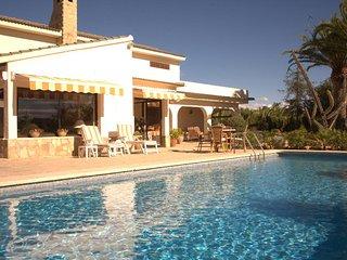 3 bedroom Villa in Altea, Alicante, Costa Blanca, Spain : ref 2135081 - Xirles vacation rentals