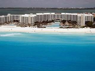 Westin Lagunamar Ocean Resort! Spectacular oceanfront resort & spa - Cancun vacation rentals