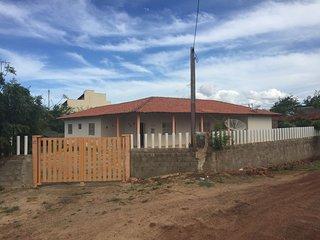 Aluga-se casa no Coqueiro, com 4 quartos, ar, chuveiro eletrico e poço - Coqueiro vacation rentals