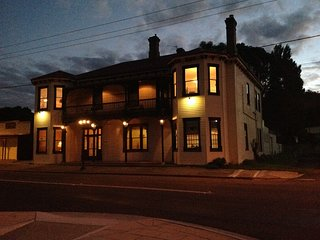 Beaconsfield Heritage Accommodation - Beaconsfield vacation rentals