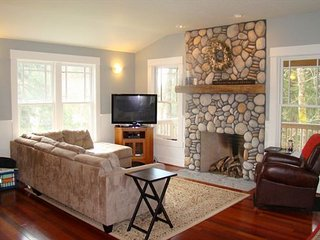 Aesthetically pleasing home close to Gearhart and Pacific Way bakery - Gearhart vacation rentals