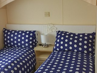 Supreme Home from home 6--8 berth 38ft fully equipped caravan - Mersea Island vacation rentals