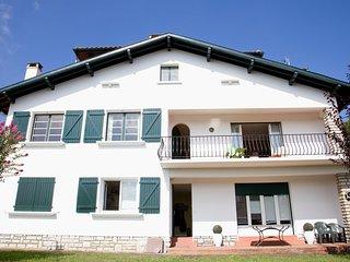 Grand Duplex à Saint-Jean-de-Luz - Saint-Jean-de-Luz vacation rentals