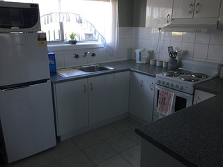 The Crash Pad: Self Contained Unit - Free WiFi - Free Parking - Launceston vacation rentals