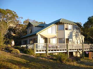 Nice House with A/C and Television - Jindabyne vacation rentals