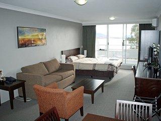Horizons 201 - Lake Jindabyne Waterfront - Jindabyne vacation rentals