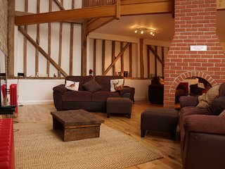 Alder Barn - beautiful holiday home in historic Ashwell, Hertfordshire - Ashwell vacation rentals