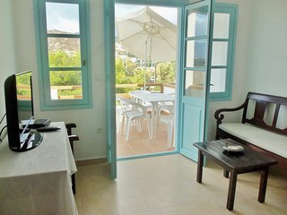 Beautifull 3BR apartment in front of the sea - Grikos vacation rentals