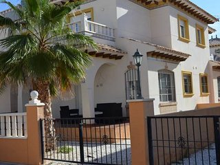 Lomas de Cabo Roig 51 - Dehesa de Campoamor vacation rentals