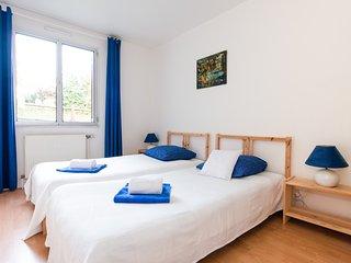 Les Hauts de Paris -Maison Bella Vista- 6 personnes - Suresnes vacation rentals