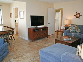 Bright House with Television and Hot Tub - Catalina Island vacation rentals