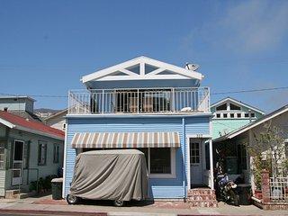 Cozy 3 bedroom Catalina Island House with Television - Catalina Island vacation rentals