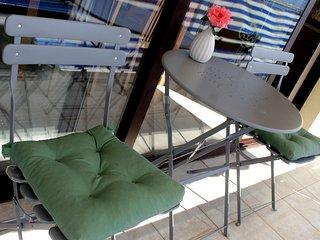 Apartmant Knezak- Mali Iz -Island Iz, CROATIA - Mali Iz vacation rentals