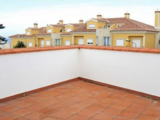 Nice House with Shared Outdoor Pool and Parking - Pedra do Ouro vacation rentals