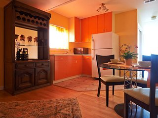 Nice and quiet, spacious one bedroom suite - San Francisco vacation rentals