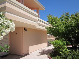 Nice 2 bedroom House in Santa Caterina di Pittinuri - Santa Caterina di Pittinuri vacation rentals