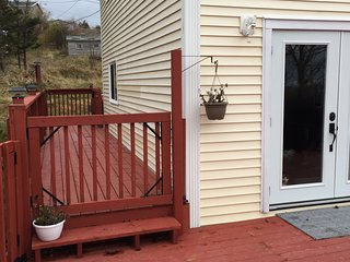 NEW LISTING, Pouch Cove, for those who want to recapture nature and unwind - Pouch Cove vacation rentals