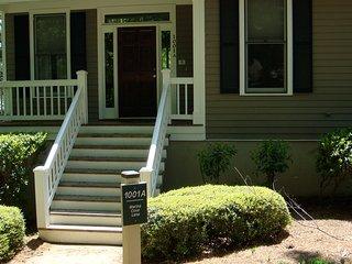 2 bedroom Condo with Internet Access in Greensboro - Greensboro vacation rentals