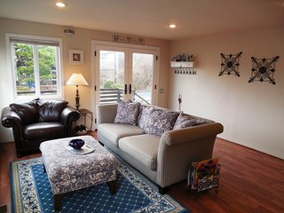 Perfect House with Deck and Internet Access - Cannon Beach vacation rentals