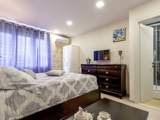 1 bedroom Private room with Internet Access in Split - Split vacation rentals