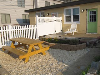 Charming 1 bedroom Cottage in Seaside Heights - Seaside Heights vacation rentals