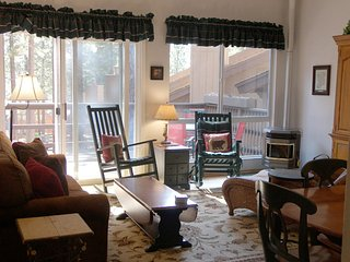 Cozy Condo with Internet Access and Television - Incline Village vacation rentals