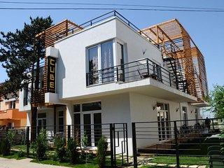 Villa Cube 4*, Eforie Nord, Constanta - Eforie vacation rentals