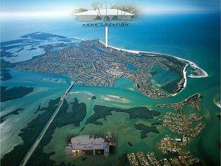 Marco Island Quiet Pool Home ~ Walk to Gulf Beach - Marco Island vacation rentals
